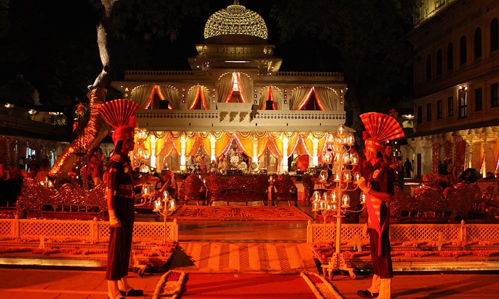Royal Holi