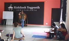 200 Hour Yoga Teacher Training in Rishikesh, India-2019
