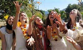 500 Hour Yoga Teacher Training in Rishikesh - 2020