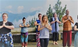 8 Days Detox Juice Cleanse and Yoga Retreat in Rishikesh, India