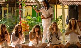 300 hour yoga teacher training goa